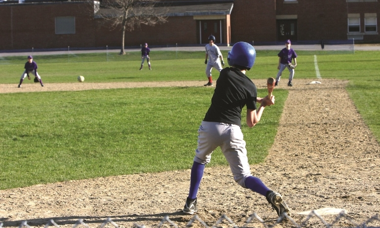Playing sports: Does it guarantee a healthy weight for young athletes?